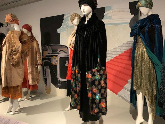 Tothemovies1 e1514557053827 - Tentoonstelling | 1920s Jazz Age Fashion and Photographs